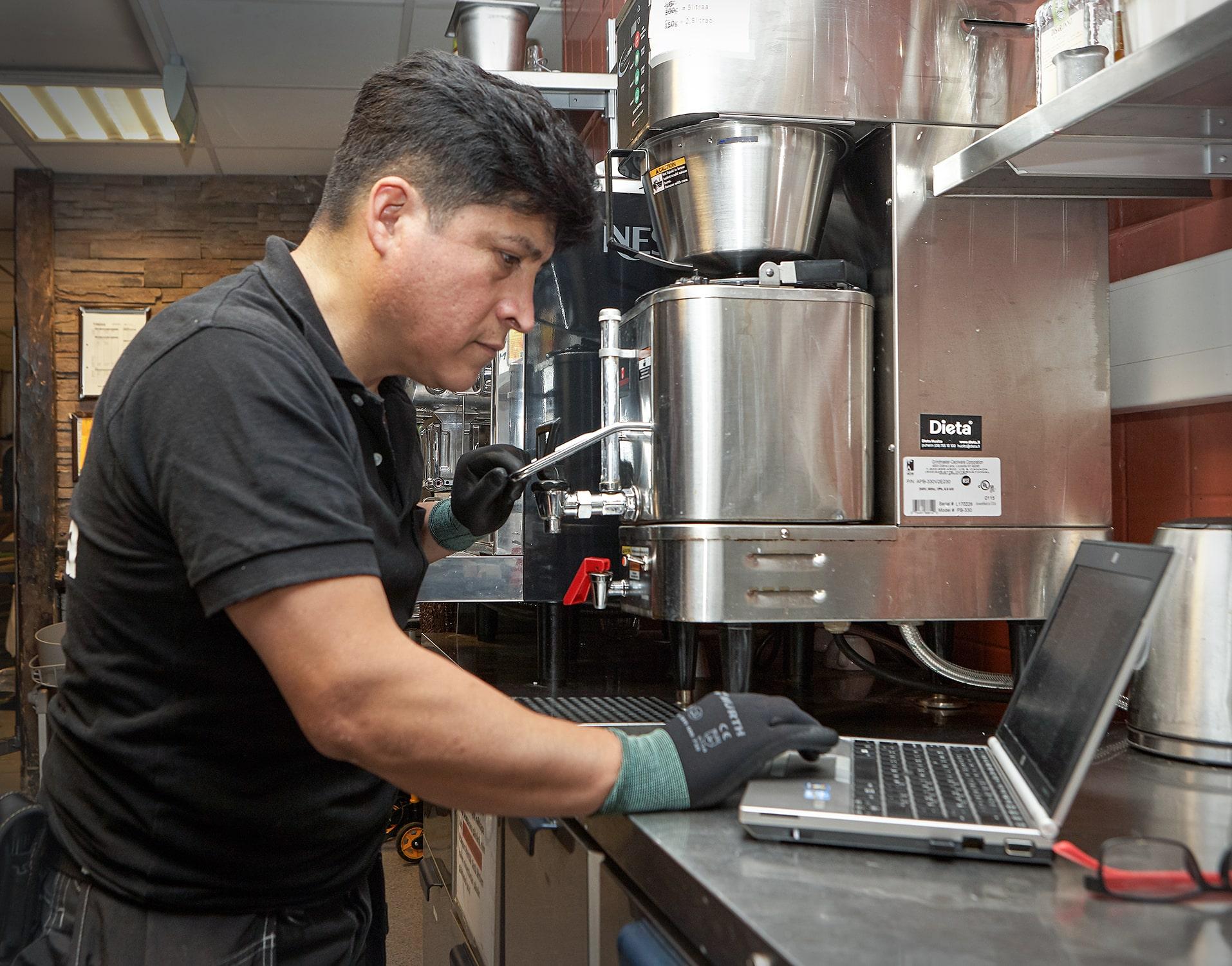 Käyttöönottohuolto varmistaa laitteiden toimintakunnon ennen ravintolan avaamista