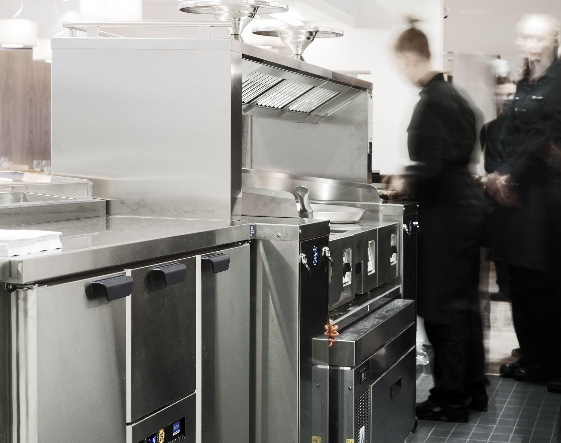 Pidä huolta keittiölaitteistasi - tee nämä toimenpiteet ennen väliaikaista sulkemista