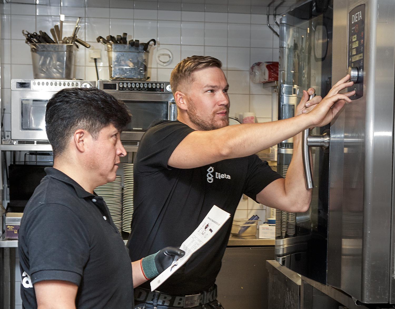 Säännöllisellä ylläpidolla energiatehokkuutta keittiöön - vinkkimme energiatehokkuuden parantamiseen