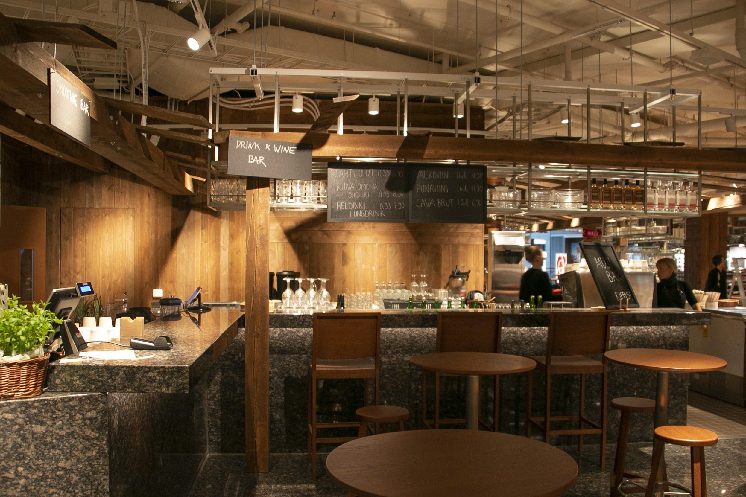 MUJI avasi ravintola-kahvilakonseptin ja lähiruokakaupan uuteen Helsingin lippulaivamyymälään ensimmäisenä maailmassa