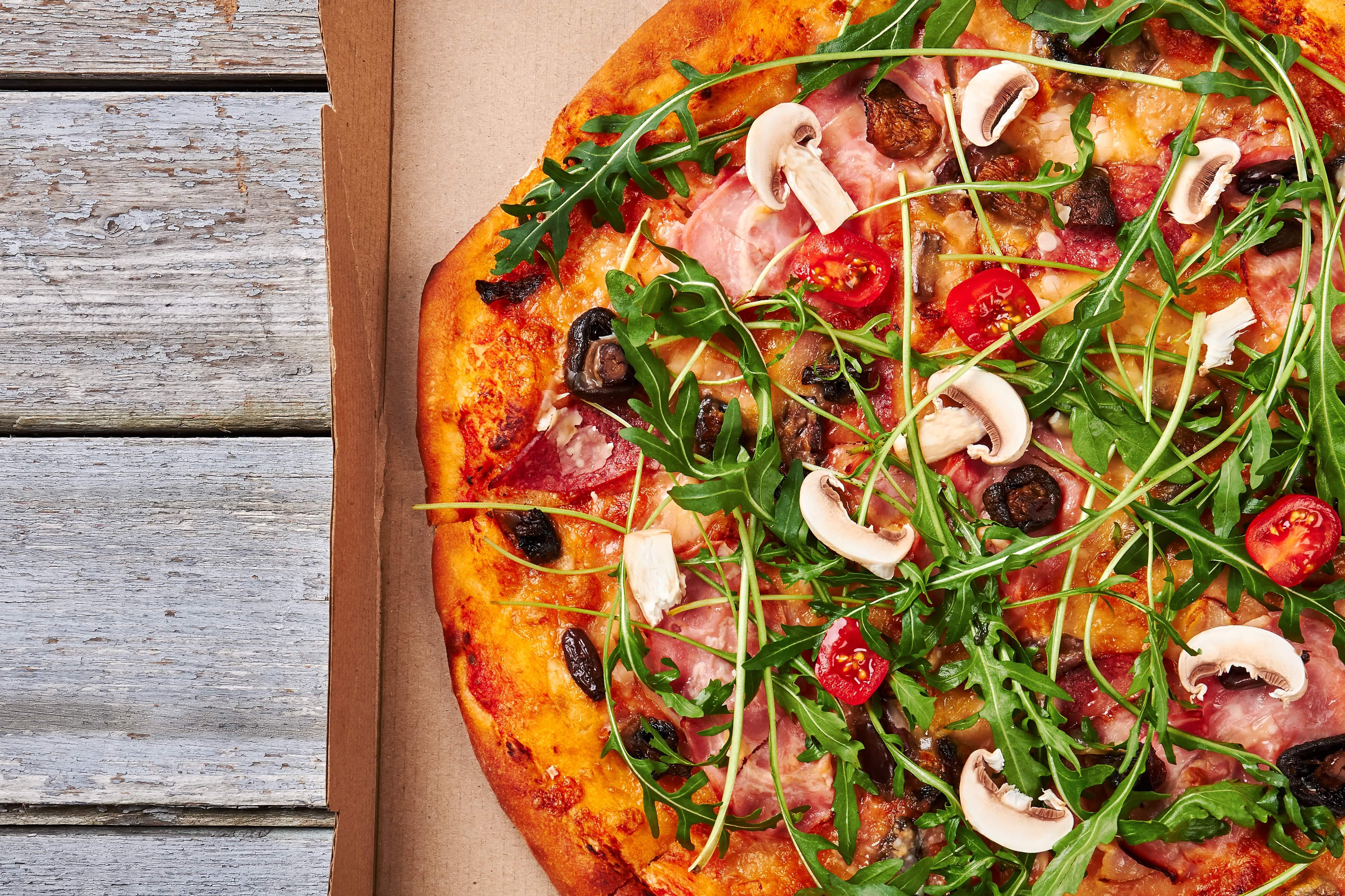 Varmista take away -ruokien elintarviketurvallisuus kotiinkuljetuksissa