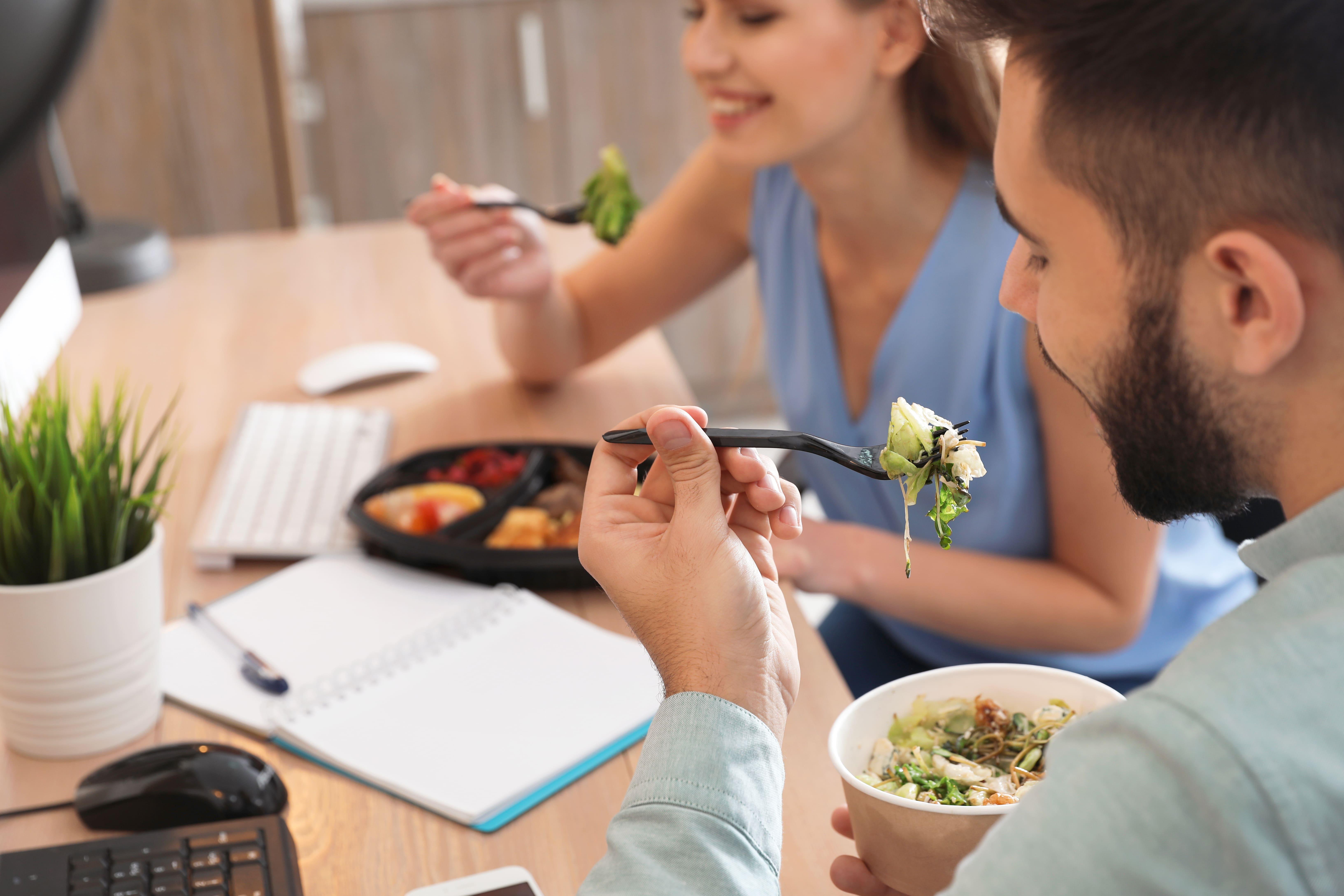 Dieta Moduline -regeneraatiouuneilla ruoka kuumennetaan hellävaroen